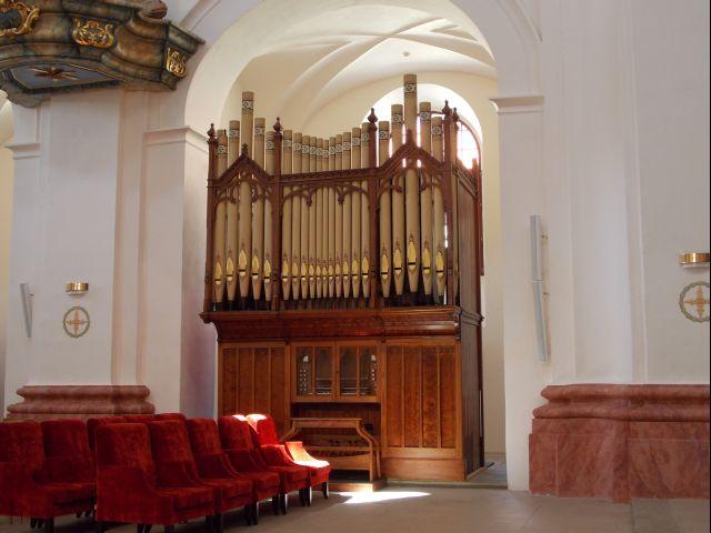 Keatsov nástroj v jezuitskom kostole v Skalici